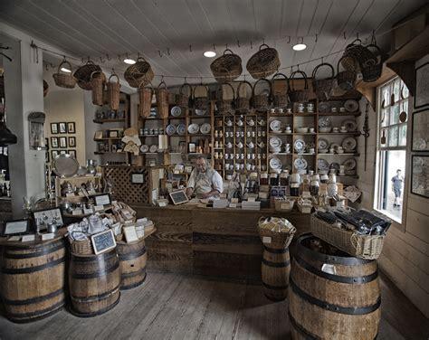 colonial williamsberg general store vladimir fanning