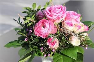 Bilder Von Blumenstrauß : blumenstrau online bestellen g rtnerei floristik hans l sslin ~ Buech-reservation.com Haus und Dekorationen