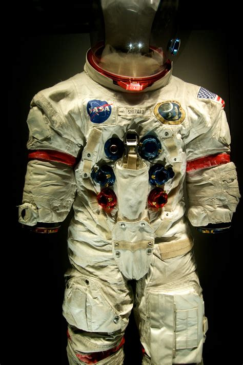 Neil Armstrong Space Suit Costume   www.miifotos.com