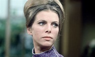 Billie Whitelaw obituary   Stage   The Guardian