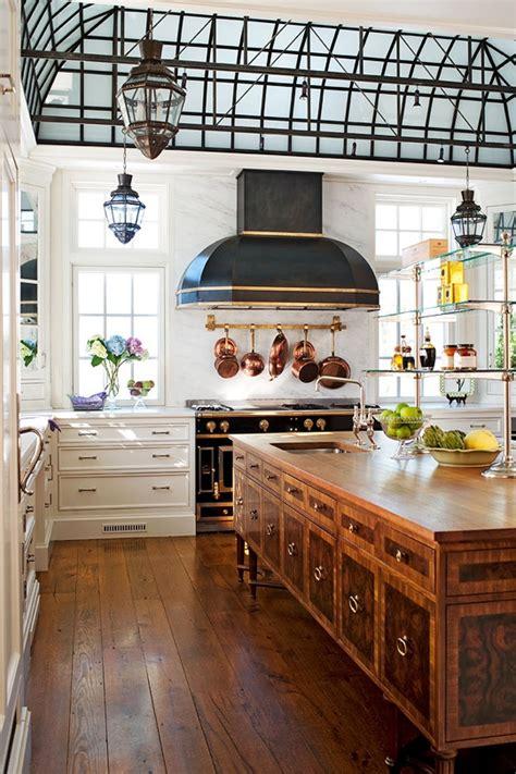 traditional kitchen design     century style