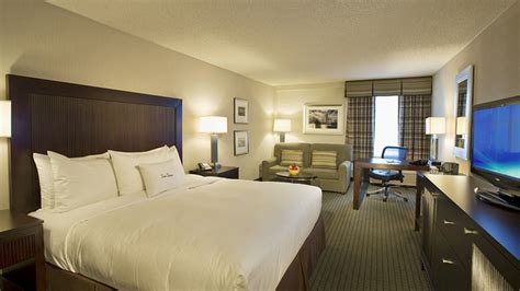 Doubletree Bwi, Linthicum Heights Deals  See Hotel Photos. Modern Wall Decor Ideas. Z Gallerie Decorating Ideas. Decorative Shawls. Baby Elephant Baby Shower Decorations. Funky Home Decor. Picnic Table Dining Room. Plate Wall Decor. Rooms For Rent In Stamford Ct