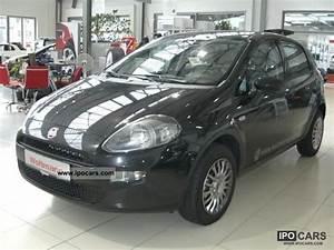 Fiat Punto Pop : 2012 fiat punto pop car photo and specs ~ Medecine-chirurgie-esthetiques.com Avis de Voitures
