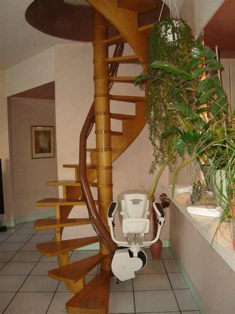 siege monte escalier siege monte escalier occasion bande transporteuse caoutchouc