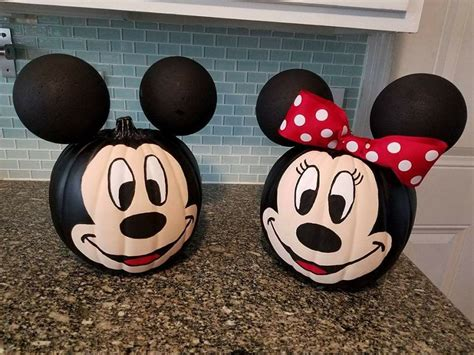 mickey mouse pumpkin ideas mickey minnie mouse pumpkin decorating crafty morning