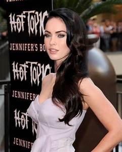 'Jennifer's Body' Cast at Hot Topic