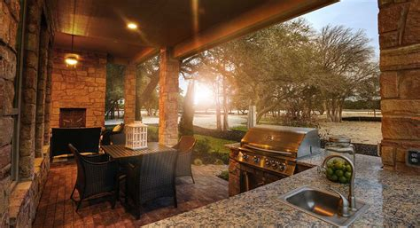 outdoor living  ideas   home  open door