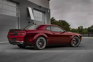 2019 Dodge Challenger SRT Hellcat Previewed Ahead of