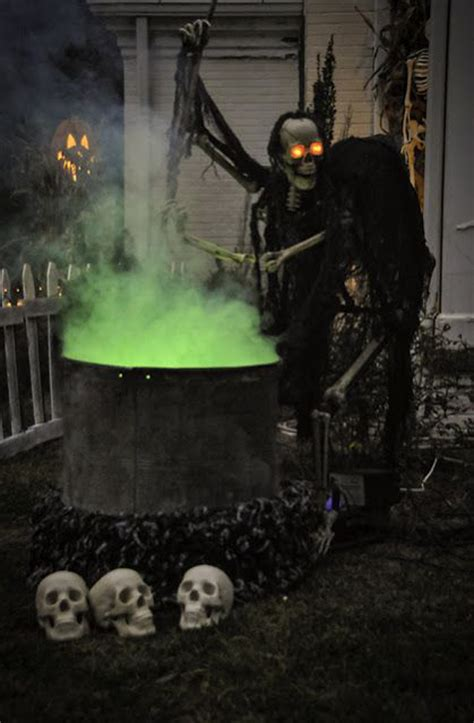 outdoor halloween decorating ideas pinterest halloween