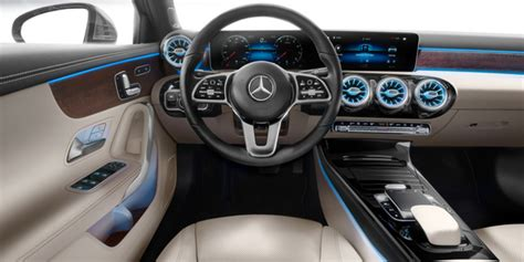 pictures    mercedes benz  class interior