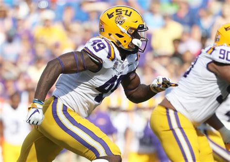 LSU Defensive Lineman Travez Moore Enters NCAA Transfer ...