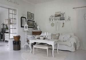 Dekorieren Im Shabby Look : 25 idee per arredare il soggiorno in stile shabby chic ~ Markanthonyermac.com Haus und Dekorationen