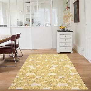 tapis blooming flowers jaune edito paris 135x190 With tapis jaune citron