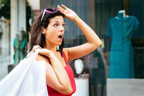 The 2 Psychological Factors Motivating Customers To Buy