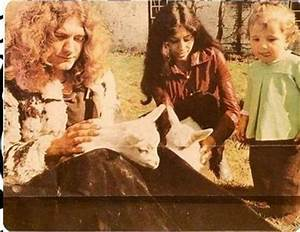 Robert Plant with ex-wife Maureen and their son Karac ...