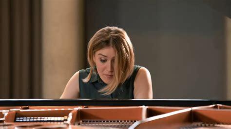 Mūzika 2 klavierēm. Vasks, Šūberts, Stravinskis - YouTube