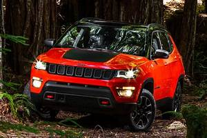 Prix Jeep : nouveau jeep compass premieres photos avant le salon de los angeles 2016 ~ Gottalentnigeria.com Avis de Voitures