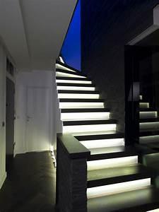 Osvětlení schodiště led pásky