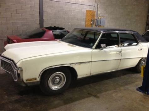 Purchase Used 1970 White Buick Electra 225 4-door Black