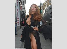 Charlotte Dawson leaves NOTHING to the imagination Daily