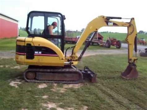 cat  mini excavator mov youtube