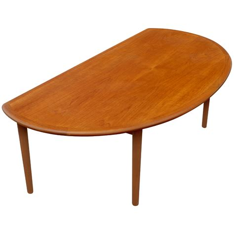 """We should remember that such colors in particular match modern interiors, but they also look great in the case of traditionally furnished rooms. 60"""" Mid Century Modern Vintage Half Moon Coffee Table 