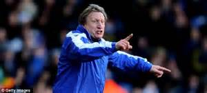 Stephen Warnock has joined Leeds United on a three year ...
