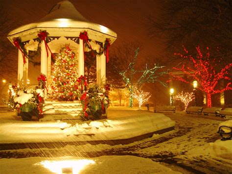 town square christmas tree and gazebo an absolute