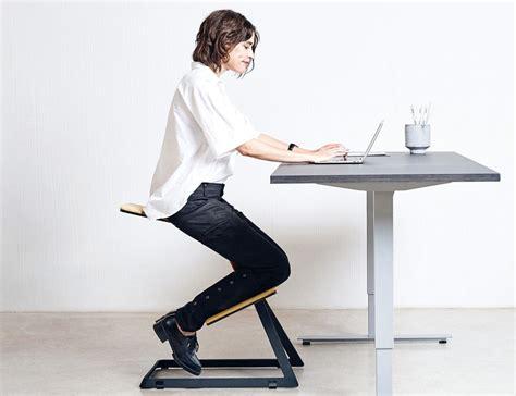 kneeling desk chair review best ergonomic kneeling chair for your money 2017 review