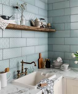 Best 25 topps tiles ideas on pinterest blue kitchen for Kitchen with wall tiles images