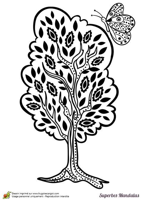 cuisine du lapin dessin à colorier d un superbe mandala d arbre assez facile