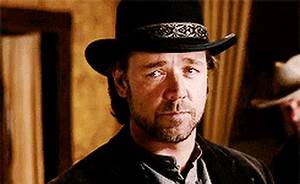 russell crowe GIFs Search | Find, Make & Share Gfycat GIFs