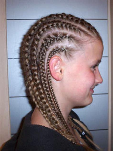 fryzury  warkoczykow