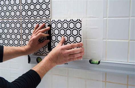 plaque pour recouvrir carrelage mural cuisine recouvrir carrelage mural salle de bain wasuk