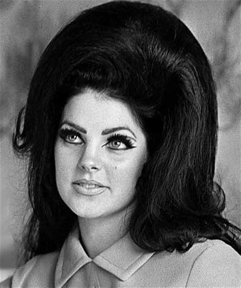 8 Trendiest Hairstyles Seen on Celebrities of the Past