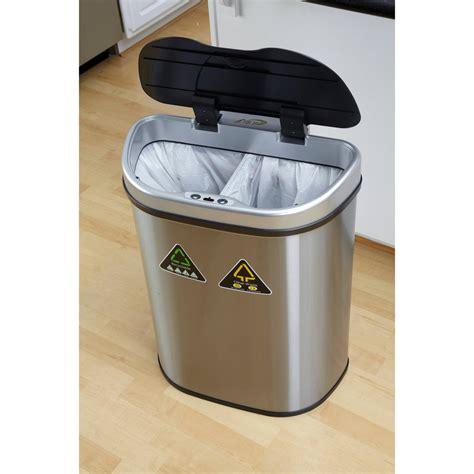 bathroom  wastebasket  lid  indoor  outdoor