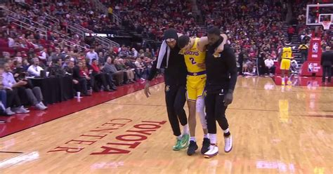 lonzo ball injury     helped   ankle