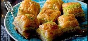 Difference between Greek Turkish Lebanese Regional baklava ...