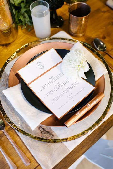 17 Best ideas about Wedding Charger Plates on Pinterest