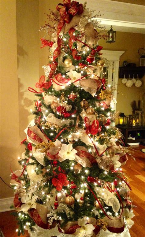 cream red  gold  burlap christmas tree