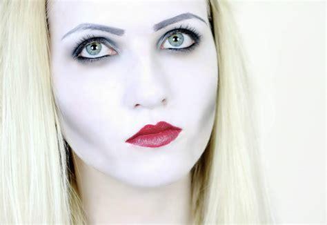 uk fashion beauty blogger rebecca coco