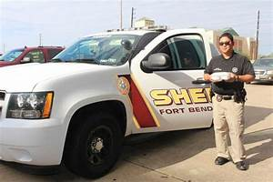 Fort Bend Co. deputies to deliver Thanksgiving meals ...