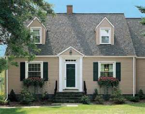 Cape Cod Style House Colors for Homes