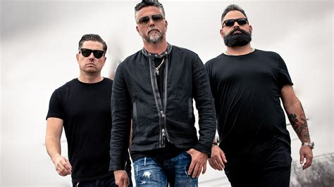 richard rawlings transforms struggling garages