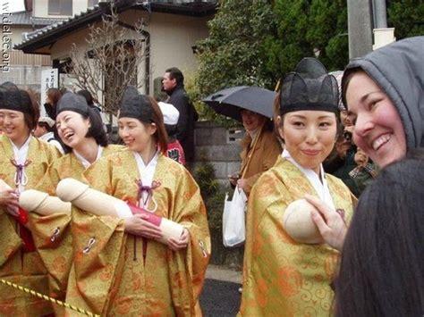 Aksi Foto Gila Gilaan Wanita Jepang ~ Slawi Ayu Cybernews