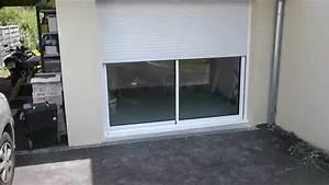 Baie coulissante avec volet roulant monobloc youtube for Porte de garage enroulable avec volet porte fenetre pvc