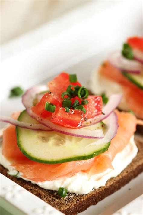 meaning of canape smoked salmon canapes with chive cheese