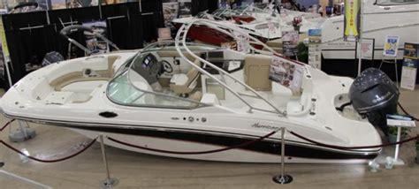 Hurricane Wakeboard Boats by Hurricane Sundeck 2690 Deck Boat Wide Beam Inventive