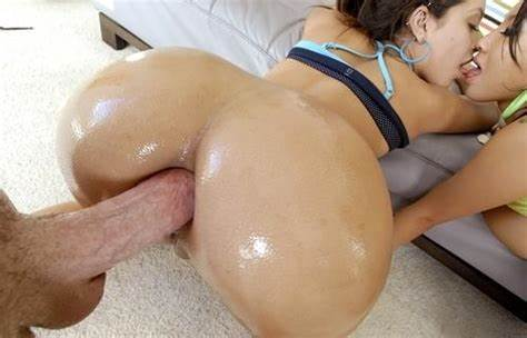 Kelsi Monroe Takes That Soft Chubby Dildo In A Destroyed Doggy