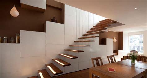Interni E Design 40 Foto Di Scale Interne Dal Design Moderno Mondodesign It
